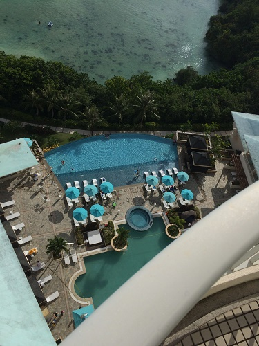 グアムのロッテホテル プール